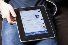 10 Easy Ways to Search for People Using Facebook
