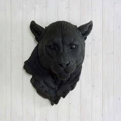 Faux Black Mountain Lion Head by Wall Charmers™  von WallCharmers