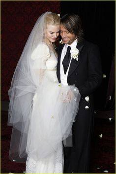 Nicole Kidman married Keith Urban on June 25, 2006 at Cardinal Ceretti Memorial Chapel in Manly, Australia