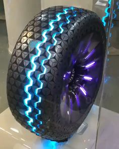 Hexonic tyres by hancook. It is an Intelligent and futuristic concept of tyres for Autonomous Vehicles. It has seven sensors in its tread… Cool Sports Cars, Sport Cars, Cool Cars, Carros Lamborghini, Lamborghini Cars, Bugatti, Er6n, Top Luxury Cars, Futuristic Cars