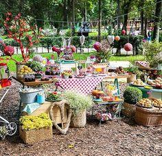 Começando o dia com esse picnic lindo by @fresafestas! Bom dia! ❤️ #kikidsparty