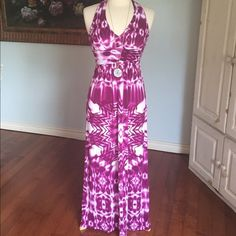 "Tie dye halter maxi dress My favorite  Gorgeous rich wine colored maxi  dress from Bisou Bisou. Backless halter top empire waist. No size listed but fits 6/8  Bust is 15"" flat Length is 52""  Excellent condition   Comment want Bisou Bisou Dresses Maxi"