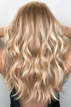 The Trendiest Blonde Hair Colors picture 5