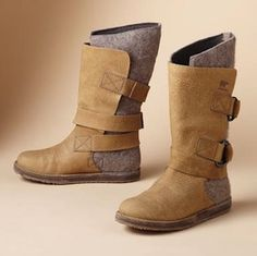 10 Alternatives to Ugg Boots - since I'm moving to Kansas, and really do not like uggs.