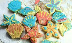 Gorgeous sea shell cookies. Too good to eat!