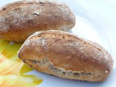 Ovesné kváskové dalamánky Sourdough Recipes, Bread Recipes, Czech Recipes, Bread And Pastries, Bread Rolls, Hamburger, Bakery, Good Food, Food And Drink