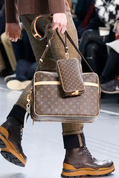 Monogram Makes a Major Comeback at Louis Vuitton's Fall 2015 Menswear Show Latest Handbags, Lv Handbags, Louis Vuitton Handbags, Fashion Handbags, Fashion Bags, Louis Vuitton Monogram, Mens Fashion, Handbags Online, Paris Fashion