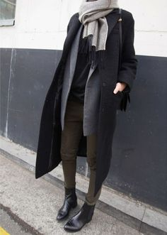 outerwear | black grey white | layers | big scarf | black leather chelsea boots | khaki jeggings