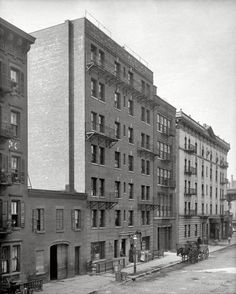 """New York circa 1905. """"Exterior of tenement house,"""" East 40th Street."""