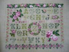 Roses Sampler完成しました! Embroidered Roses, Blog Entry, Rugs, Home Decor, Homemade Home Decor, Types Of Rugs, Rug, Decoration Home, Carpets