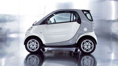 Benz Smart, Smart Car, Ferdinand Porsche, Smart Fortwo, Moma, Jaguar, Ferrari, Volkswagen Beetle, Estilo Cholo
