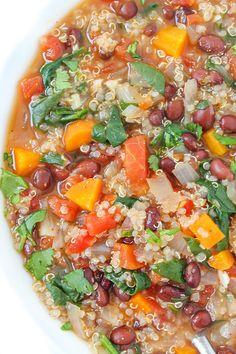 Quinoa Black Bean Soup Vegan Black Bean Recipes, Vegan Mexican Recipes, Best Vegan Recipes, Whole Food Recipes, Dinner Recipes, Meatless Recipes, Healthy Recipes, Black Bean Quinoa, Black Bean Soup