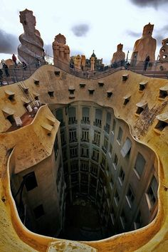 Casa Mila, Anton Gaudi, 1910, Barcelona, Spain...Wow!!! this view is crazy!!!