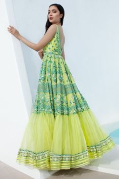 Shop from an exclusive range of luxurious wedding dresses & bridal wear by Anita Dongre. Bring home hand-embroidered wedding wear in colors inspired by nature. Indian Party Wear, Indian Wedding Outfits, Indian Outfits, Indian Clothes, Designer Anarkali Dresses, Designer Dresses, Georgette Dresses, Indian Attire, Indian Ethnic Wear
