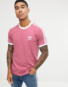 Buy adidas Originals California T-Shirt In Pink at ASOS. With free delivery and return options (Ts&Cs apply), online shopping has never been so easy. Get the latest trends with ASOS now. Mens Tee Shirts, T Shirt, Adidas Retro, Cute Couples Kissing, Casual Outfits, Men Casual, Adidas Originals Mens, Sport Wear, Nike