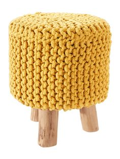 Love this yellow pouf!