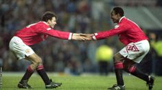 I loved Ryan Giggs and my friend Peter and I would recreate his best goals down at the park. I even remember us doing this celebration. Manchester United Images, Manchester United Football, Leeds United, Big And Rich, Soccer Shirts, Man United, David Beckham, Football Soccer, We The People