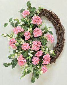 Geranium Wreath Spring Wreath Summer Wreath by CrookedTreeCreation Diy Wreath, Grapevine Wreath, Wreath Making, Easter Wreaths, Christmas Wreaths, Pink Geranium, Summer Wreath, Spring Wreaths, Sunflower Wreaths