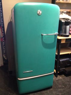 Her much-loved Vintage Kelvinator now painted in Florence Chalk Paint® decorative paint by Annie Sloan Courtesy of Vicki Shoemaker of 3 Oaks Studio in Clovis, CA