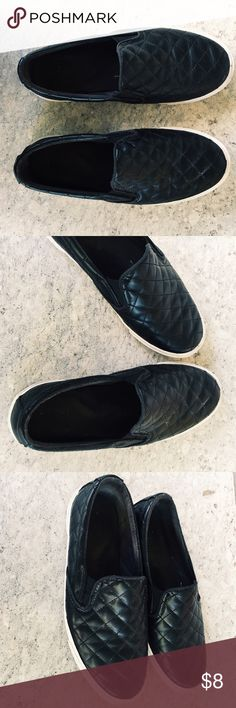 Black quilted faux leather slip on shoes sz 8 From old navy are these black quilted faux leather slip on sneakers. Size 8 super comfortable still have life left in them. See pictures. Only scuffs are on bottom of shoes. Old Navy Shoes Sneakers