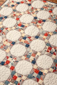 Easy snowball patchwork quilt, no pattern, just a picture Colchas Quilting, Scrappy Quilts, Easy Quilts, Mini Quilts, Free Motion Quilting, Machine Quilting, Quilting Projects, Quilting Designs, Star Quilts