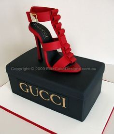 Cute! And all cake!! #cake #shoes