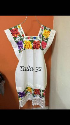 Regional, Summer Dresses, Fashion, Cute Blouses, Embroidered Clothes, Moda, Summer Sundresses, Fashion Styles, Fashion Illustrations