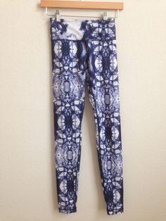d6e53b5cd7 Lululemon Ink Blot Wunder Under Pant Blue White size 2 RARE #Lululemon  #PantsTightsLeggings