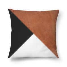 Leather Throw Pillows, Cowhide Pillows, Leather Pillow, Diy Pillows, Sofa Pillows, Diy Pillow Covers, Pillow Cover Design, Decorative Pillow Covers, Cushion Covers