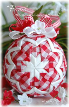 """Picnic - The August 2010 Ornament of the Month""  What a great picture.  I love gingham"