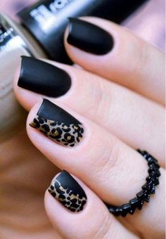 Get to know how to paint Leopard Nail Art designs! Leopard prints are a trend nowadays. From clothes to shoes to bags and even to nail art designs, they Leopard Nail Art, Leopard Print Nails, Black Nail Art, Leopard Prints, Matte Black, Animal Prints, Black Gold, Leopard Nail Designs, Mat Black Nails