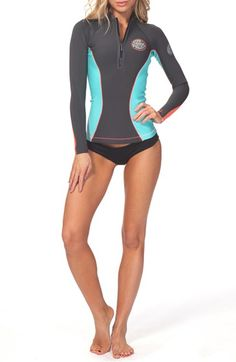 Free shipping and returns on Rip Curl 'GBomb' Long Sleeve Wetsuit Jacket at Nordstrom.com. A retro Rip Curl logo brands the chest of a sleek neoprene jacket designed to keep you comfortable while you hit the waves on chilly days.