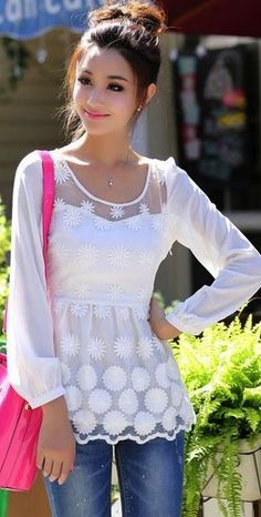 Elegant long sleeves lace blouse