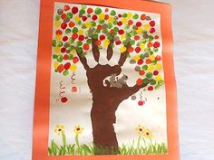 Easy toddler fall craft, handprint
