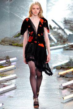 Rodarte Fall 2015 Ready-to-Wear Fashion Show - Stella Lucia