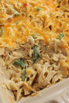 Chicken Noodle Bake. Loaded with veggies, creamy noodles and melty cheese, this Chicken Noodle Bake is sure to please everyone at dinner time! #comfortfood #casserolerecipes #casseroles #chickennoodle #casseroleideas #comfortfoodrecipes #familymeals #comfortingfood #noodles #chickennoodlecasserole Easy Dinner Recipes, Great Recipes, Easy Meals, Yummy Recipes, Dinner Ideas, Vegan Recipes, Yummy Food, Favorite Recipes, Chicken Noodle Bake