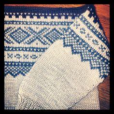 . Norwegian Knitting, Knitting Ideas, Old And New, Norway, Knits, Crocheting, Macrame, Scandinavian, Knit Crochet