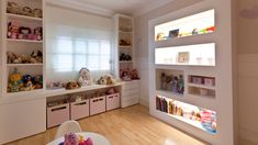 Love the built-in lighted book shelves. A must do in my home. Twin Girl Bedrooms, Baby Bedroom, Girls Bedroom, Bedroom Decor, Baby Decor, Kids Decor, Home Decor, Kids Play Spaces, Girl Room