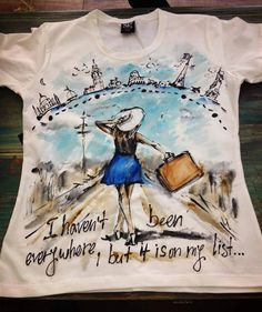 Woman traveling Tshirt. Women with suitcasehand by palettePandora