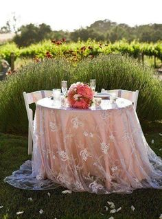 A pretty sweetheart table in the garden