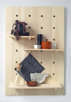 More mod pegboard shelving. DIY Project Idea: How to Make a Modern Pegboard Shelving System — Apartment Therapy Tutorial Decor, Home Diy, Diy Shelves, Diy Furniture, Diy Decor, Diy Home Decor, Shelving, Shelving Systems, Modern Diy