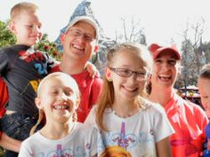 Los Mas relacionable Momentos de Personaje Disney | Oh My Disney