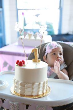 Circus 1st Birthdays, Birthday Cake, Events, Desserts, Food, Tailgate Desserts, Birthday Cakes, Deserts, Eten