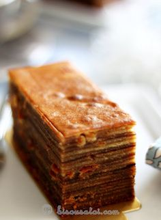 Bisous À Toi: All about layer cake. Thousand Layer Cake, My Favorite Food, Favorite Recipes, Asian Cake, Date Cake, Brownie Cake, Brownies, Just Desserts, Cake Recipes