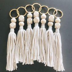 The Verrettes Tassle Keychain Tassle Keychain, Diy Keychain, Tassle Garland, Tassles Diy, Macrame Wall Hanging Diy, Macrame Design, Craft Corner, Diy Hair Accessories, Boho Diy