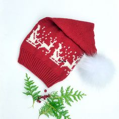 Promotion : 50 % off on my new pattern today and tomorrow local time Christmas Hat, Christmas Knitting, Free Crochet, Knit Crochet, Crochet Hats, Beanie Knitting Patterns Free, Baby Hats, Knitting Projects, Knitted Hats