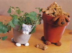 These are so cute!! From Craft 'n Things: Dog and Cat Pots