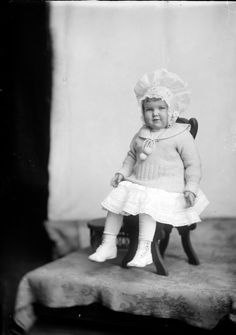 Mrs. J.C. Coulter from Holsinger Studio Collection · Holsinger's Studio (Charlottesville, Va.) · 1890-1938 · Albert and Shirley Small Special Collections Library, University of Virginia.