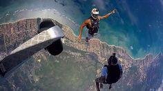 Saltar já é bom com esse visual então... #skydivesalvadoritaparica #skydiving #skydiveeverydamnday #aventura #adrenalina #paraquedas #paraquedismo #photooftheday #goprobr #goprobrasil #goprooftheday #gophotography #itaparica #salvador #bahia #brasil #lifestyle #lifeisgood #fevereiro #funjump #instagram #freefly #desloc @gopro @goprobr @g_p_o_t_d @go.photography_  Ateltas @souzalucas1 e @thiagocarvalhosouza Photo @eduqueirozm by skydive_salvador_itaparica