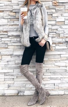 09 a grey top, a statement necklace, a faux fur vest, black skniies and dove grey boots - Styleoholic